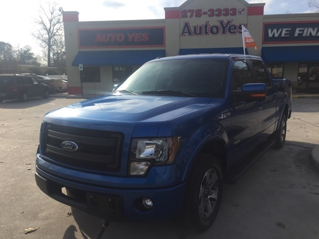 2013 Ford F-150 Blue CARFAX One-Owner Clean CARFAX 1622mpg Odometer is 27590 miles below marke