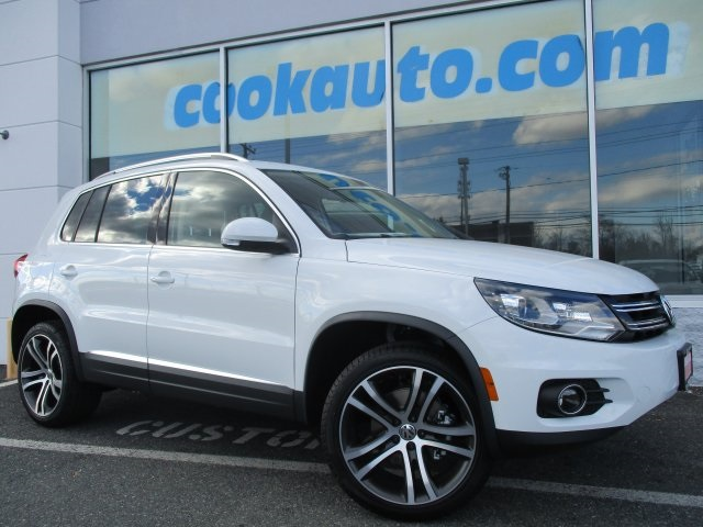 2017 Volkswagen Tiguan SEL White You NEED to see this SUV The Cook Volkswagen Advantage Cook Vo