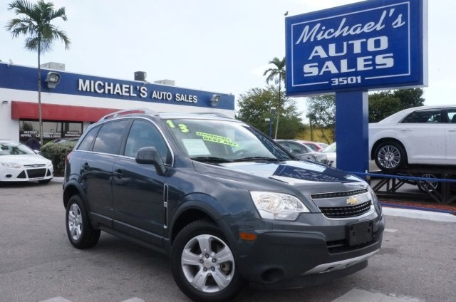 2013 Chevrolet Captiva Sport 1LS Gray In a class by itself ATTENTION Dont pay too much for