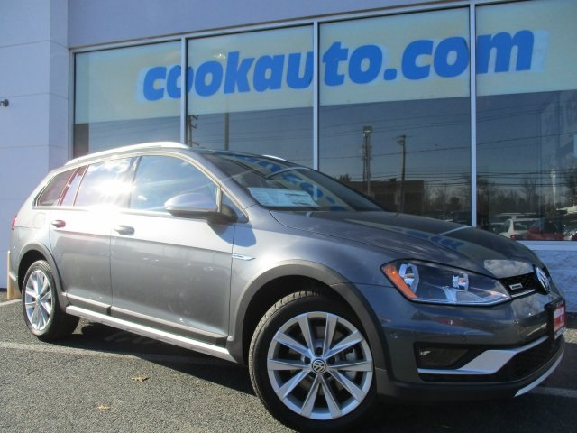2017 Volkswagen Golf Alltrack TSI SE Gray All Wheel Drive Turbo Cook Volkswagen has been servic